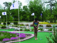 Putting at the Garden Golf